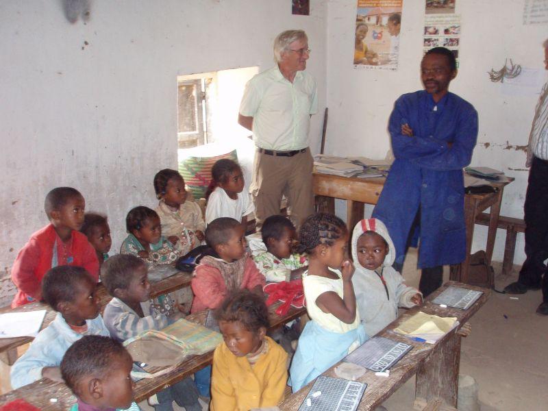 Présentation  dans mot du président madagascar20071