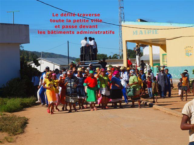 photos-5 inauguration du collège Saint-Antoine à Anosibe an'Ala dans manifestations